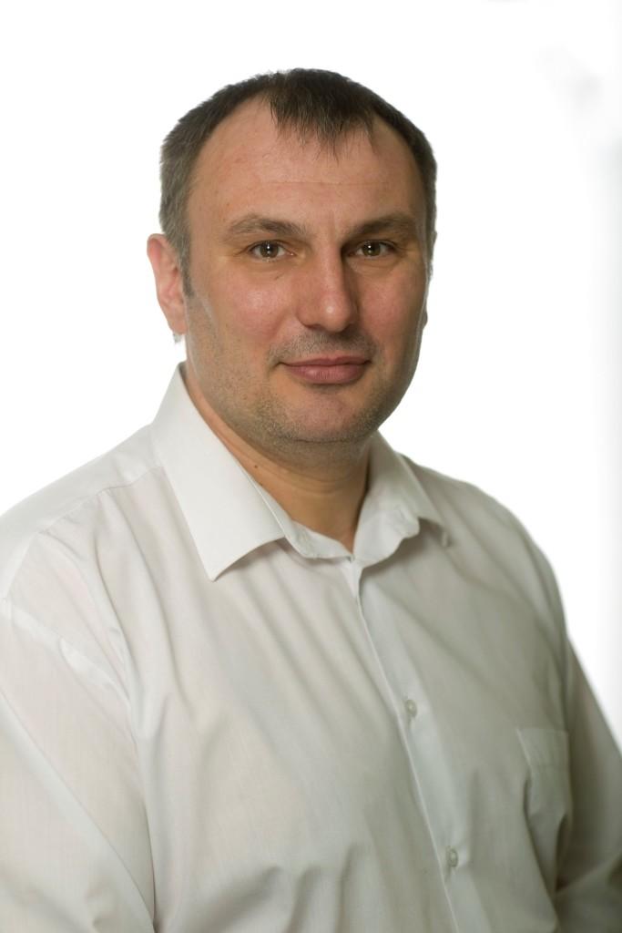 Максим Артишевский